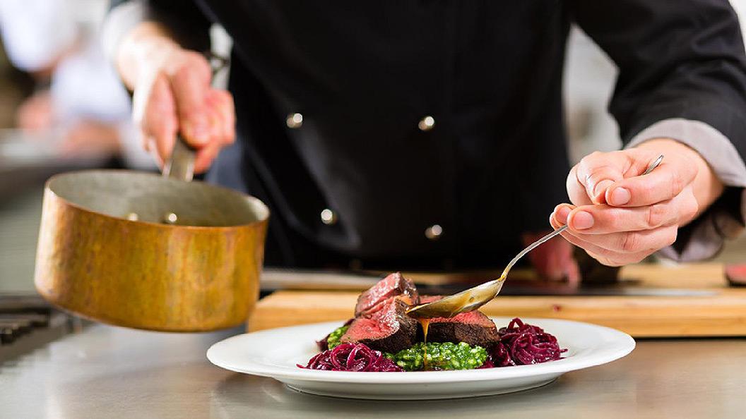 Cuisine française de qualité au restaurant Tout le Monde en Parle